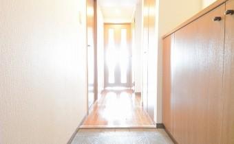 明るい玄関です♪