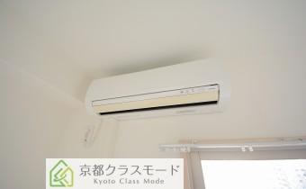 洋室7.75帖のエアコン
