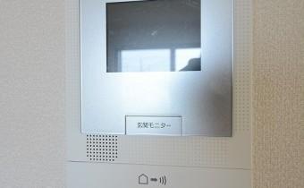 モニター付きインターホン ※室内写真は別号地のものです。
