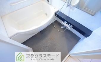 シェル型の浴槽