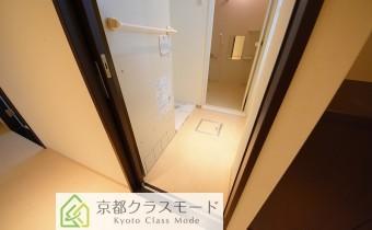 脱衣所  ※写真は101号室のものです