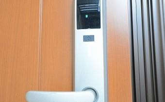 カードキータイプ・玄関ドアロック