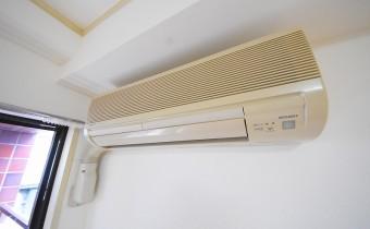 洋室7.3帖のエアコン