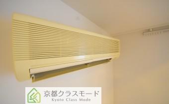 洋室6.4帖のエアコン