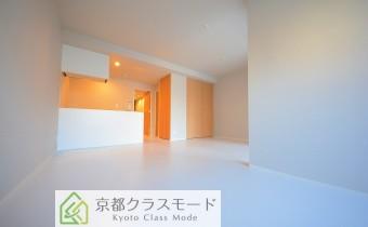 「白」ベースの清潔感のある室内空間♪カウンターキッチンタイプ!