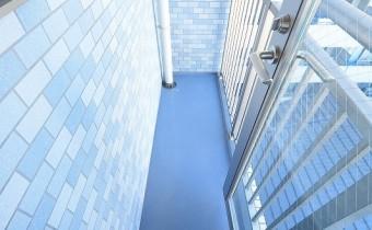 室外機置場 ※室内写真は同マンション内の606号室のものです。