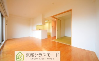 リビング ※室内写真は208号室のものです。