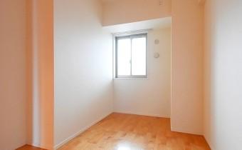 洋室※室内写真は208号室のものです。