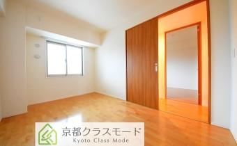 洋室 ※室内写真は208号室のものです。