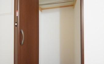 Room 5.6のクローゼット