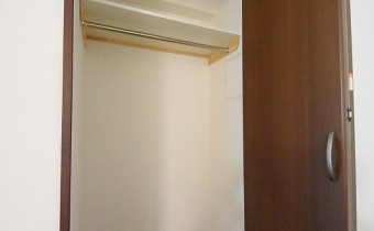 Room 6.8のクローゼット