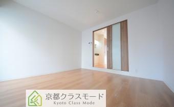 「南向き」の明るい室内♪8帖の正方形の使い勝手の良いお部屋です!