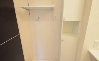 洗濯機置場&収納棚