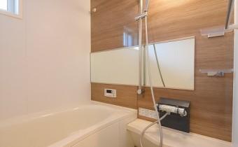 バスルーム ※この写真は同マンション206号室のものです