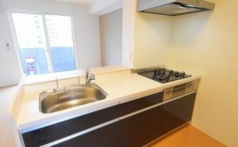 システムキッチン ※この写真は同マンション206号室のものです