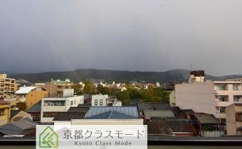 眺望 天気は雨・・・ 東山が一望できます♪