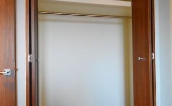 Room 5のクローゼット