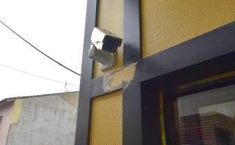 防犯カメラ ※室内写真は同シリーズのものです。参考にご覧ください