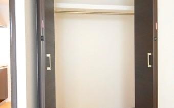 クローゼット ※室内写真は同シリーズのものです。参考にご覧ください