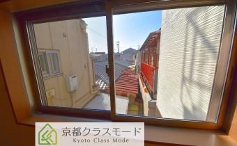 西側窓の景色
