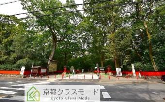 マンション前には世界遺産下鴨神社があります☆