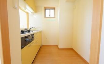 キッチンスペース ※写真は701号室の2LDKタイプです。ガスコンロ設置タイプとなります。
