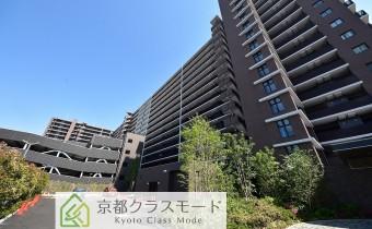 15階建ての大規模分譲マンション