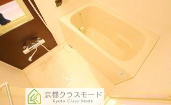 バスルーム ※室内写真は同マンション内の1Kタイプのものです。