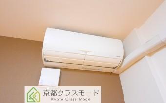 エアコン ※室内写真は同マンション内の1Kタイプのものです。