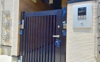 マンション玄関
