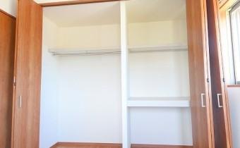 Room 6 壁一面のクローゼット☆