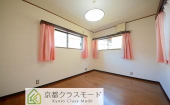 2階 Room 8