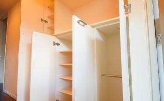 シューズBOX ※室内写真は同マンション内の別タイプのものです。