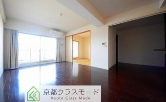 LDK15.4 ※室内写真は同マンション内の別タイプのものです。