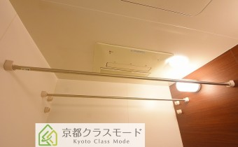 浴室乾燥機 ※室内写真は113号室のものです。参考としてご覧ください。