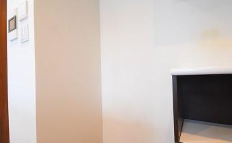 冷蔵庫置場 ※室内写真は113号室のものです。参考としてご覧ください。