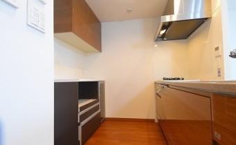 キッチンスペース ※室内写真は113号室のものです。参考としてご覧ください。
