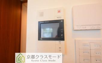 TVドアホン ※室内写真は113号室のものです。参考としてご覧ください。
