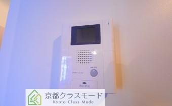 TVドアホン ※室内写真は同マンション内の101号室のものです。