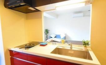 システムキッチン ※室内写真は同マンション内の101号室のものです。