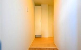 玄関 ※同シリーズ参考写真です。