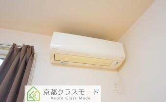 洋室11帖のエアコン②