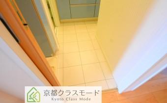 脱衣所 ※室内写真は同マンション内の別のお部屋のものです。