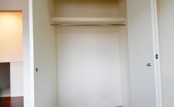 Room 4.7(奥側)のクローゼット