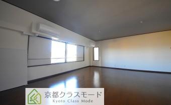 Room 21.4