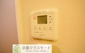 浴室乾燥機のコントローラー ※室内写真は同マンション内の別タイプのものです。