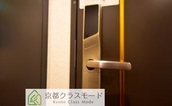 電子ロックドア