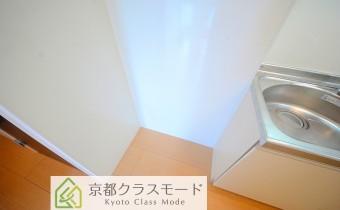 冷蔵庫置場 *写真はA棟201号室の参考画像です。