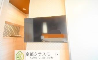 液晶テレビや家具も付いてます♪