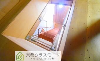 屋根裏収納はしご